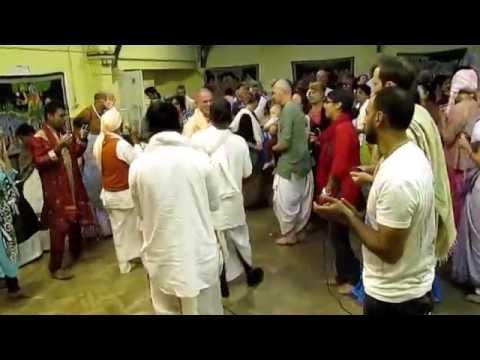 Xxx Mp4 Guru Purnim Sripad BV Vana Maharaj Arati And Kirtan London 12072014 3gp Sex