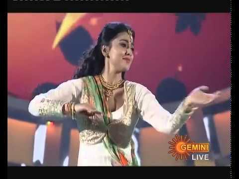 Memu Saitam   Sreya Saran Dance Performance   Dt 30  11 14