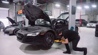 Audi R8 Oil Change & Valve Cleaning with MASTER Audi Mechanic!