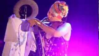 Erykah Badu - Next Lifetime @ Festival Batuque