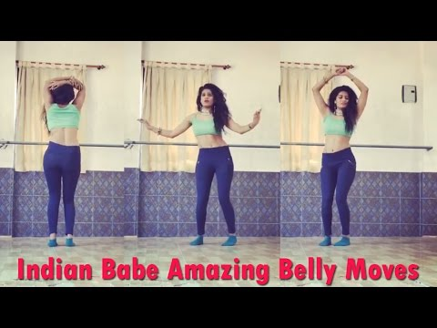 Indian Babe Amazing Belly Moves
