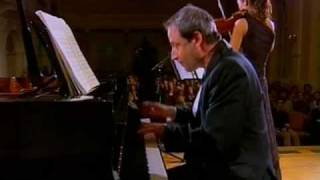 ZAGREB KOM 4 • Franz Schubert: Fantasy in C, for violin and piano - D 934 (part 1/3)
