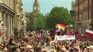 Thousands of gay men pardoned