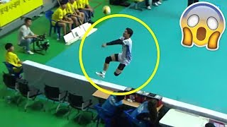 CRAZIEST SAVE EVER !? Crazy Volleyball Saves (HD)