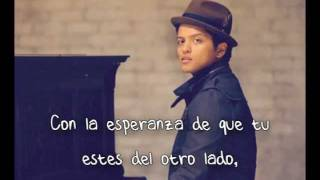 Bruno Mars - Talking to the Moon (Español)