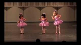 """Creative Mvt Dancers in """"I'm a Little Teapot"""""""
