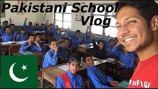I (INDIAN) visited Pakistani School (Vlog 19)