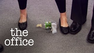 How to Escape a Boring Meeting - The Office US