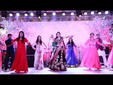 Bride & Her Friends London Thumakda Sangeet Dance Wedding Choreography