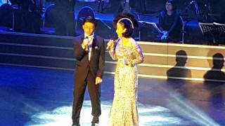金佩姍個人演唱會與兒子合唱小情歌live