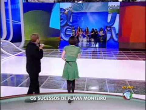 Homenagem a Flávia Monteiro