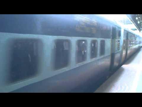 Expression of a Train Approaching a station (Sainagar Express - arrives at Dadar station)