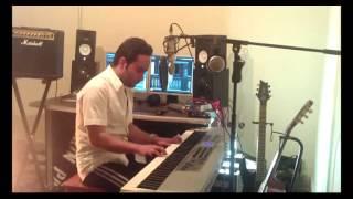 اجرای پیانو غروب سیاوش قمیشی توسط وحید صابری-siavash ghomayshi piano by vahid saberi