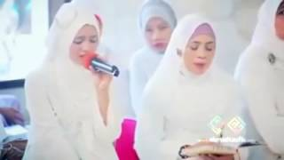 Women Beautiful Quran recitation