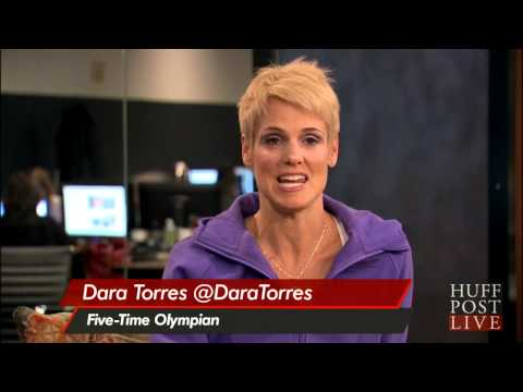 Dara Torres Shows Off Her Famous Abs | HPL