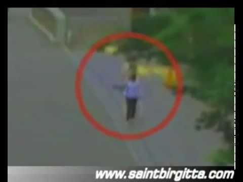 fantasmas espiritus ovnis demonios terror sustos videos de terror chupa cabras