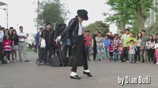 ETA TERANGKANLAH MICHAEL JACKSON VS PENANTANG DANCE