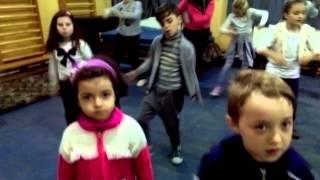 Le.am spus si fetelor.... By Pinky Dance Studio 😎