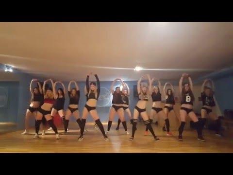 Twerk choreo by Zara    Wazzup?! Dance Studio (Poznań, Poland)