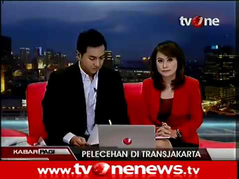 Pelecehan Seksual di Bus Transjakarta Sabtu 31 Agustus 2013