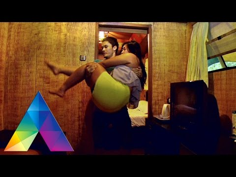 Xxx Mp4 CELEBRITY ON VACATION Mesranya Boiyen Sama Randi Pangalila Ditaman Safari 27 02 16 Part 2 3 3gp Sex