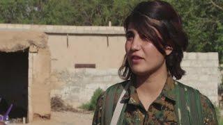 أخبار الآن تزور النقاط العسكرية في شمال الرقة