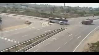 Whatsapp Viral Dangerous Road Accidents in India  live Caught by cctv 2016