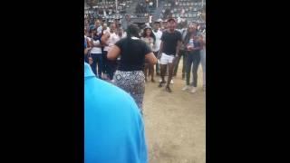 Girl twerking and shaking