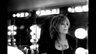 Lucinda Williams - I Asked For Water (He Gave Me Gasoline)
