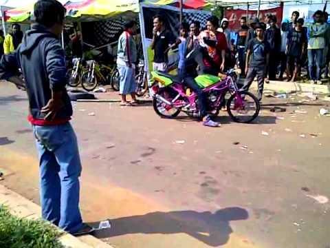 Paddock Drag Bike BSD City 27 Mey 2012