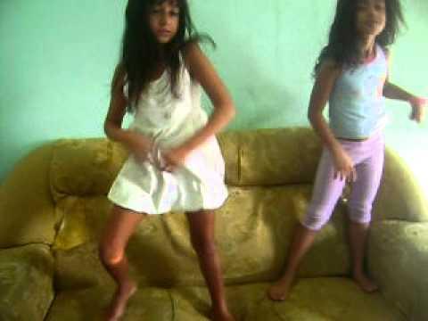 dança kuduro Emelayne debora