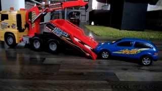 ►Toys CARS 2 Film Deutsch Lightning McQueen Hot wheels Κεραυνός Μακουίν Auto Crash Feuerwehr Einsatz
