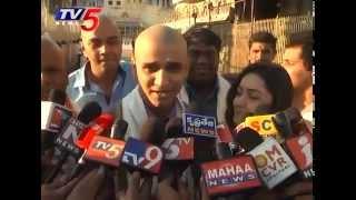 Surya vs Surya Team & S.P Sailaja Couple Visit Tirupati TV5 News