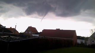 Tornado/Windhoos boven Ichtegem-Wijnendale-Torhout op 12 april 2016