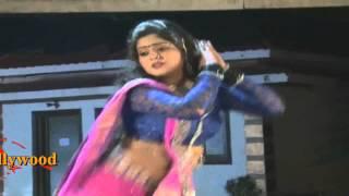 Dance Anjana Singh On Location Song Shoot Hum Se Badh Kar Koun