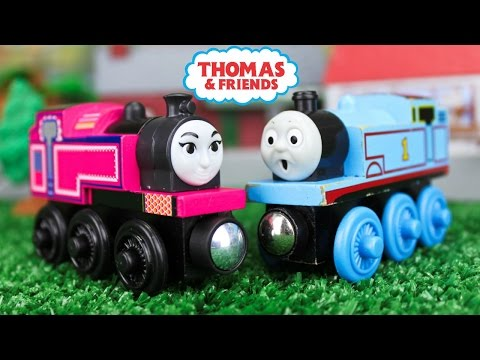 Xxx Mp4 THOMAS AND FRIENDS THE GREAT RACE WOODEN RAILWAY ASHIMA Indian Tank Engine KIDS PLAYING TOY TRAINS 3gp Sex