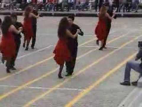 Tören 1 Tango Gösterisi ve Marşlar