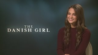 Alicia Vikander on teaching Eddie Redmayne 'female mannerisms' for The Danish Girl