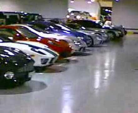 Dubai şeyhinin garajı