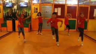 ABHI TOH PARTY SHURU HUI | Khoobsurat | Step2Step Dance Studio