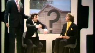 Monty Python's Flying Circus (Folge 1) - Wither Canada