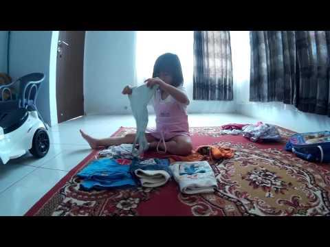 Xxx Mp4 Membantu Ibu Di Rumah Merapihkan Pakaian Video Anak Anak Pintar Dan Lucu 3gp Sex
