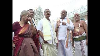 Telugu Senior Actor Gollapudi Maruti Rao with family exclusive video from Tirumala