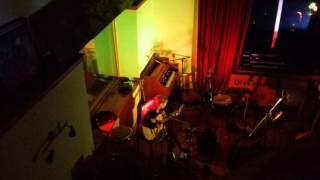 Lizabett Russo - Lonely & Crazy (Live at Tpot Studio)