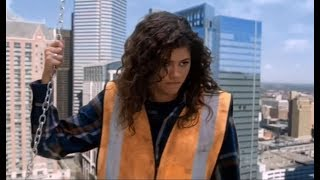 K.C. Undercover - KC Under Construction - Fight on Heights - CLIP