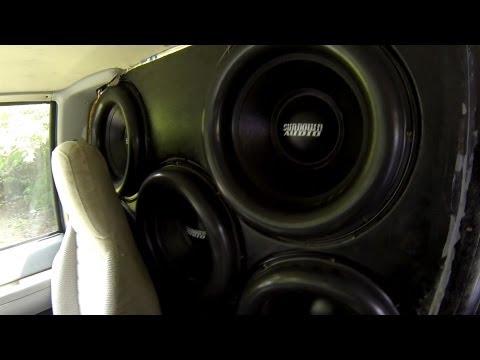 BRUTAL BASS!!! EIGHT SUNDOWN Zv4 15's...27,000 watts!