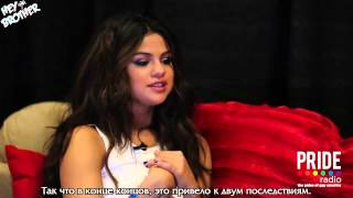 Selena Gomez talks Russia with Pacey [Rus Sub]
