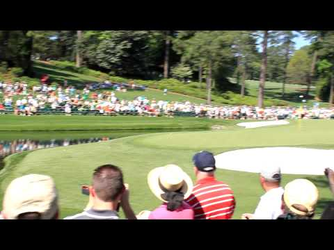 Martin Kaymer hole in one with ball skipped across the water at 16 - 2012 Masters [Original HD]