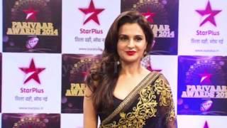 Monica Bedi Hot Navel & Sexy Back Exposing at Star Parivaar Awards 2014