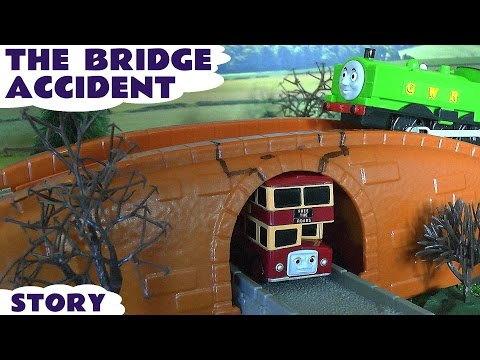 Bridge Accident Crash Thomas and Friends Duck Bulgy Play Doh Eggs Toy Story Of Bulgy Play-doh